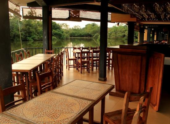 Lake Serenity Boutique Hotel : resturant