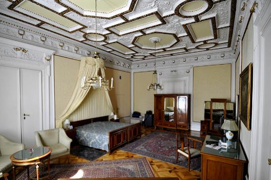Hotel Regina: Prächtiges Zimmer in der Beletage