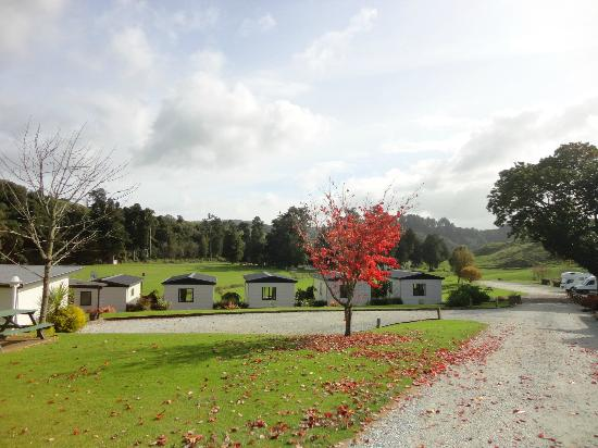 Waitomo Top 10 Holiday Park: Grounds