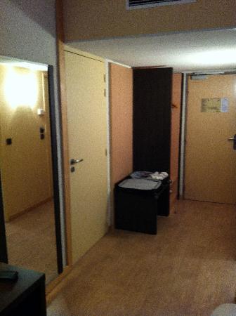 Hotel Oceania Quimper : Un mobilier pas digne d'Ikea et dun 4 étoile