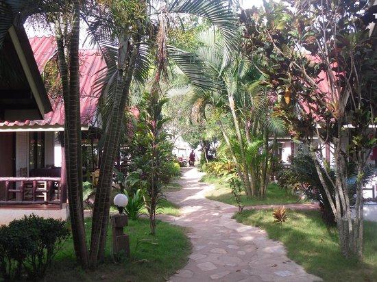Lanta Fullmoon Bay View Resort:                   Bungalows