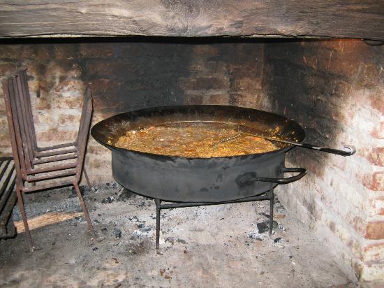 Dunas del Este: Paella de sábado en la noche (muy rica!!!)