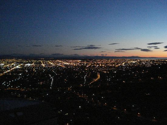 Victoria Park: Sunrise over Christchurch from Cashmere Hills