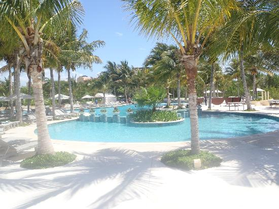 Tres Rios Ecopark: one of the pool areas