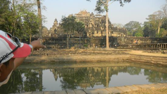 Angkor Guide Morin Day Tours