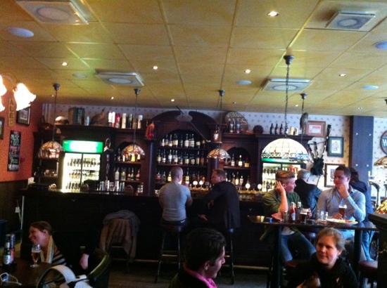 Uppsala, Sverige: bar at Pipes of Scotland