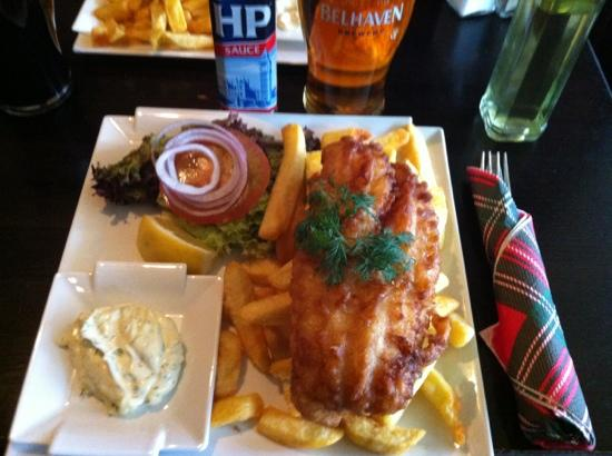 Uppsala, İsveç: Fish & Chips at Pipes of Scotland