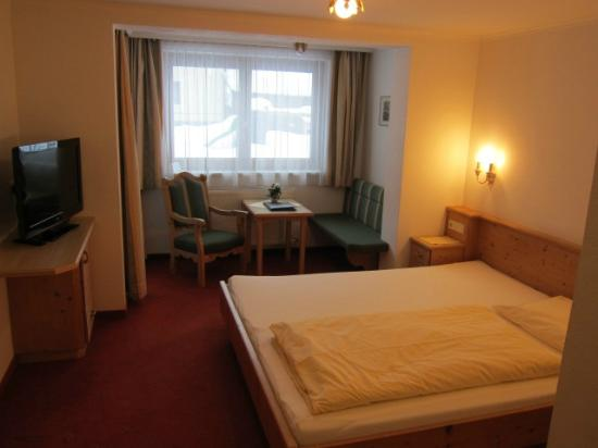 Hotel Pension Burgschrofn: 部屋の様子