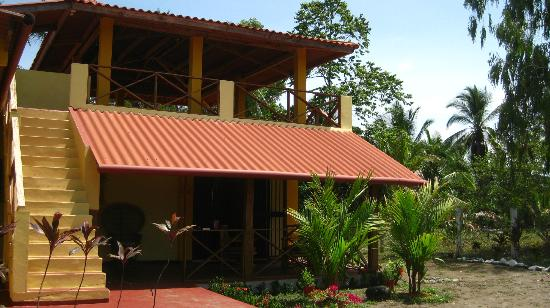 Casa Laguna: Another view of the casa from the front
