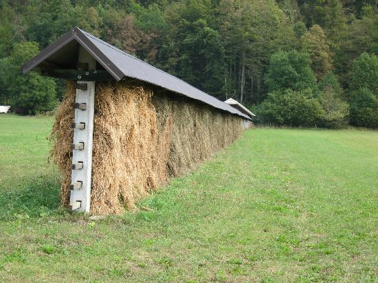 Mulej Tourist Farm: Traditional Slovenian Hay Rack