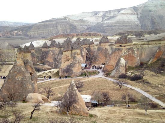 Cappadocia Cave Dwellings : Fairy chimneys rock formation