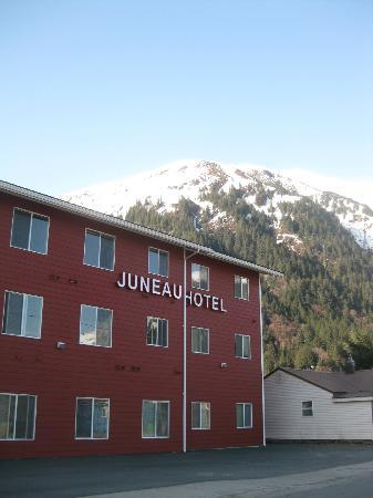 Juneau Hotel: The side street and parking area