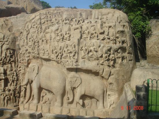 Stone carvings picture of monuments at mahabalipuram