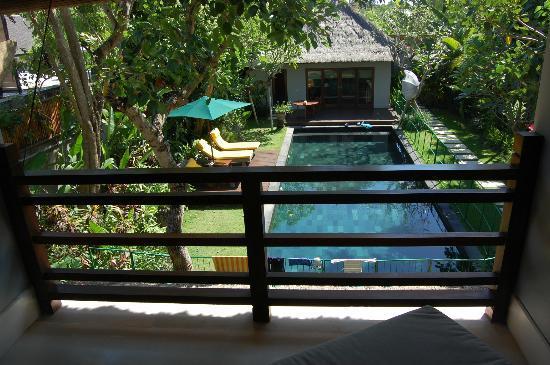 Serene Villas : View day bed (between bedrooms)