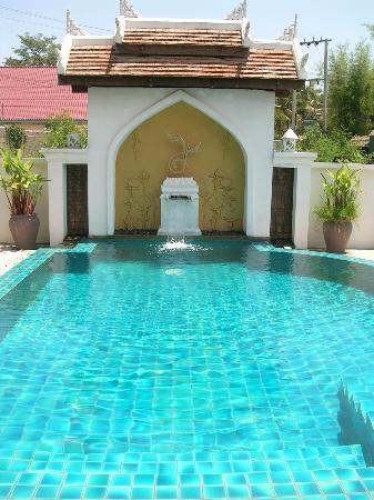 Arissara House: nice swimming pool