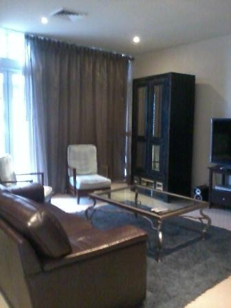 Macarthur Chambers Apartment Hotel: lounge area