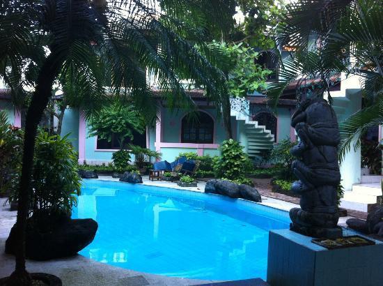 Villa Puri Royan: Der kleine Pool