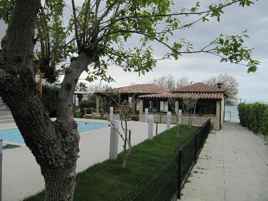 Villa Hotel BB (Apartments Bozikovic): Außenbereich