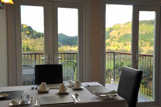Maes-y-Garth : Dining Room with Individual Tables and Stunning Views
