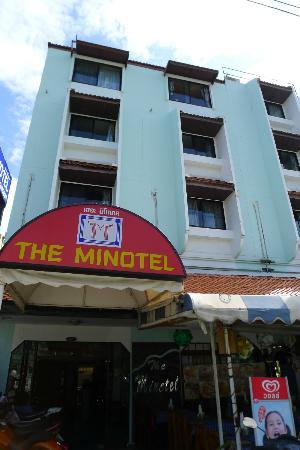 ذي مينوتل باتونج بيتش: Minotel