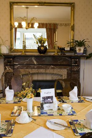 Fairview Guest House: The breakfast room