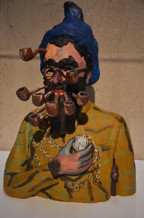 Musee Magritte Museum - Royal Museums of Fine Arts of Belgium : Oeuvre exposée dans la hall du musée
