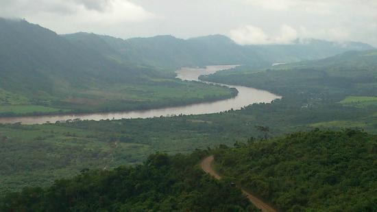 Tarapoto, Peru: El rio Huallaga