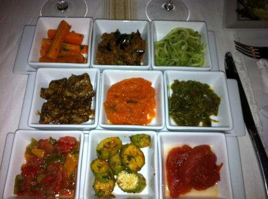 Les Jardins de la Medina: nice selection of salads