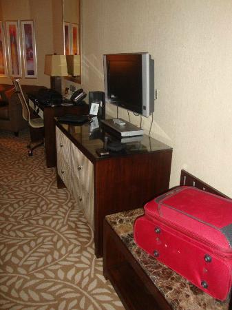 InterContinental Hotel Jeddah: TV