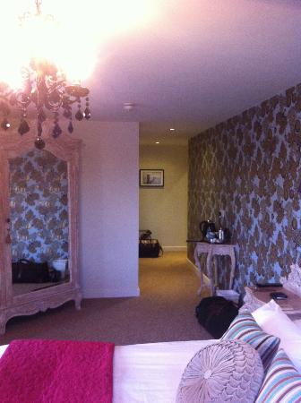 The Cartford Inn: the size of the room isnt apparent on the photo