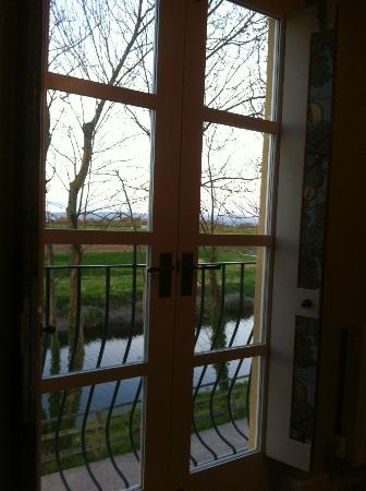 The Cartford Inn: room with a view 1