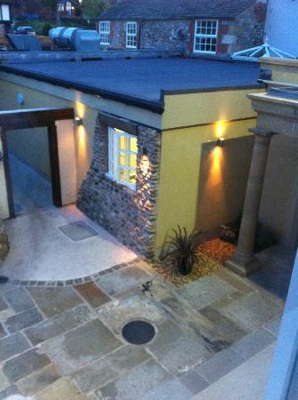 The Cartford Inn: the court yard