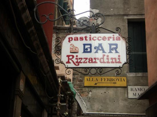 Pasticceria Rizzardini : Insegna
