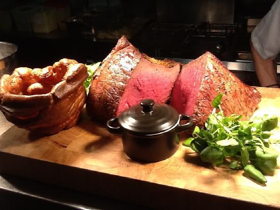 The Woolly Sheep Inn: Our Sunday roast board