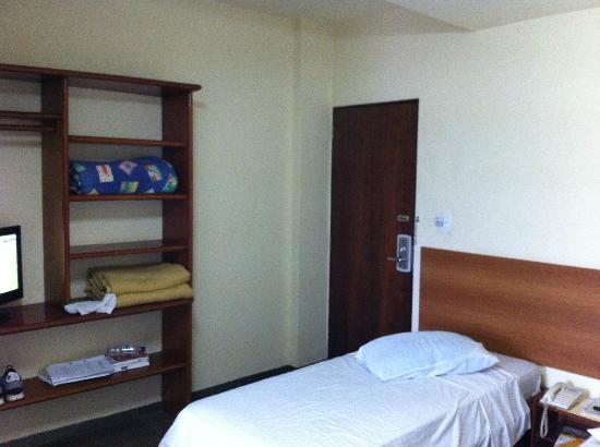 Hotel Advanced: Entrada do quarto
