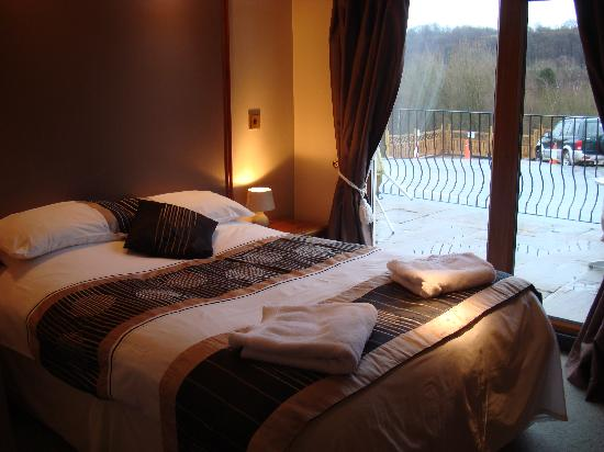 Cheap Hotels In Brighouse