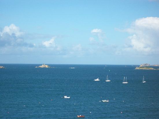 l'Hotel de Carantec: View over the Bay.