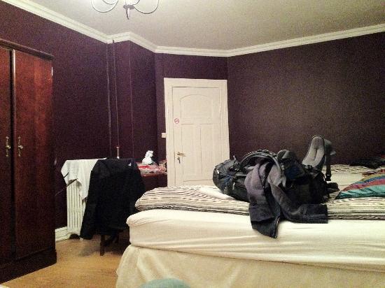Skolabru Guesthouse : my room
