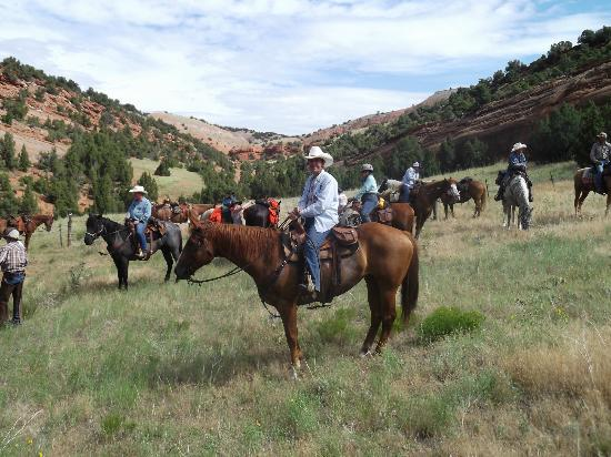 Outlaw Trail Ride: The crew on the other side of Devils Slide