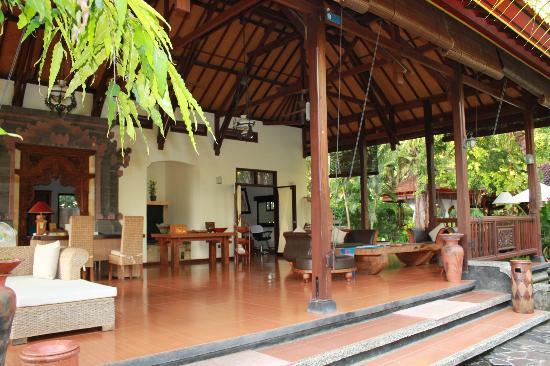 Banyualit Spa n' Resort: Lobby/Reception