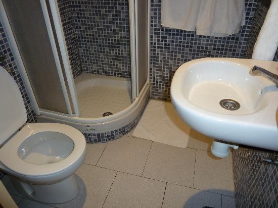 Hostal Oliveta: bagno