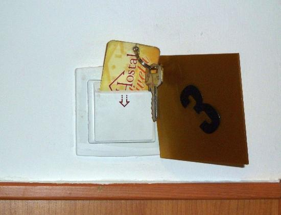 Hostal Oliveta: come si accende la luce