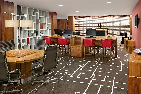 Sheraton Grand Hotel & Spa: Lounge