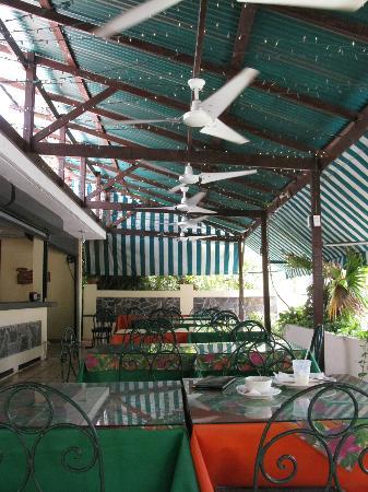 Antojitos Puertorriquenos : The Restaurant