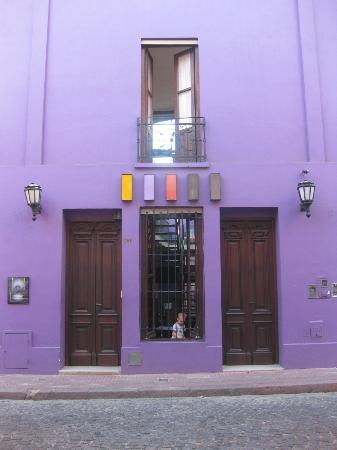 Hotel Babel: Purple front