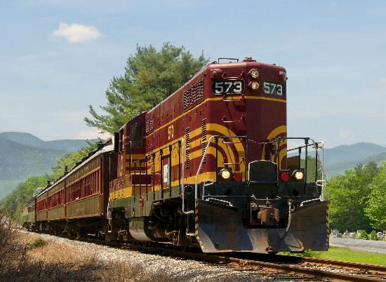 Conway Scenic Railroad: The Bartlett Valley Train