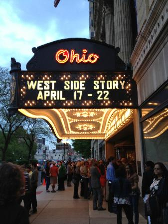 Ohio Theater : OHIO Theatre