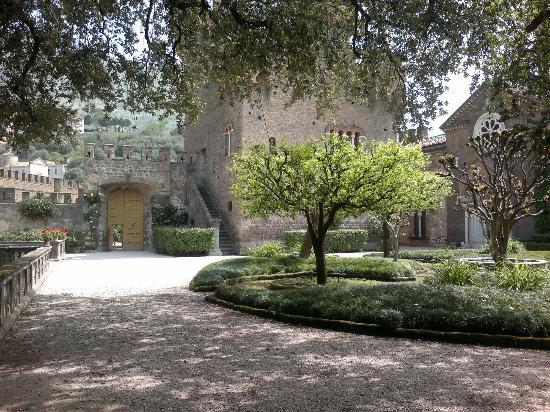 Castello Lancellotti : secondo cortile
