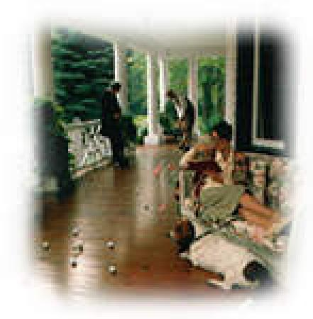 Lakewinds Country Manor : Enjoy our verandah