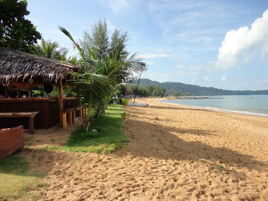 Strandbar Bild Von La Flora Resort Spa Khao Lak